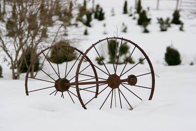 Wagonwheels in the Snow, WV