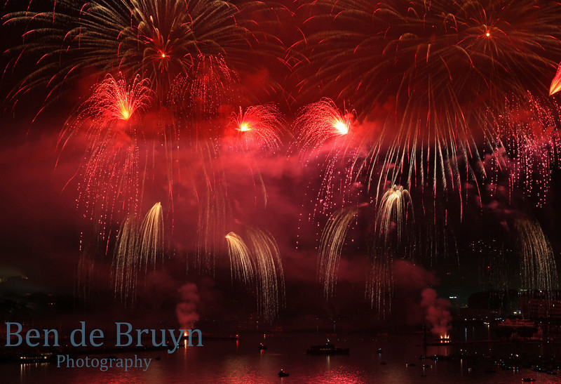 Fireworks at Geneve Aug 2011 View 10