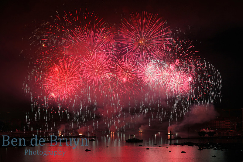 Fireworks at Geneve Aug 2011 View 22