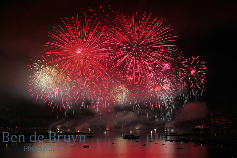 Fireworks at Geneve Aug 2011 View 19