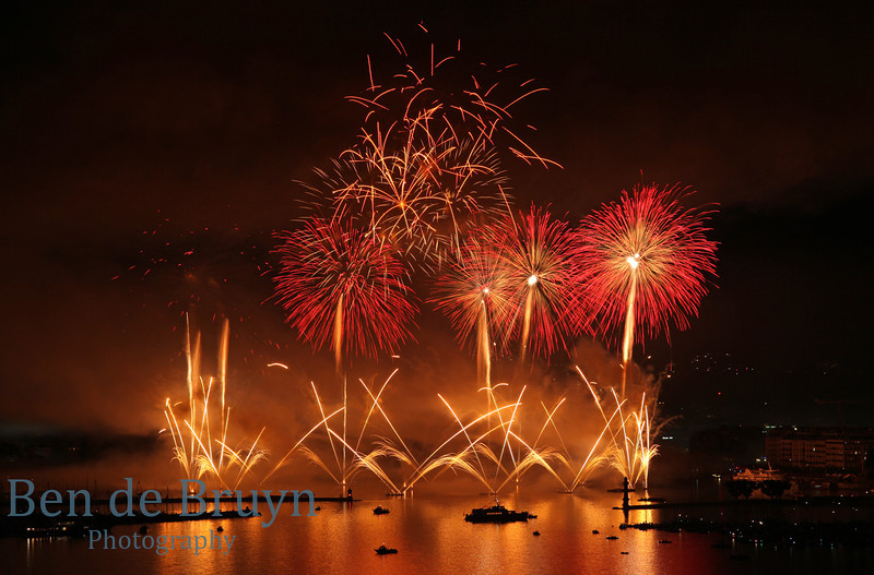Fireworks at Geneve Aug 2011 View 12