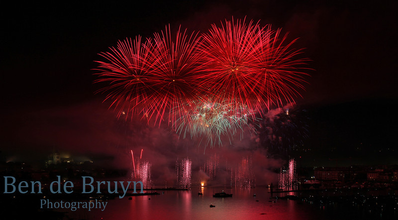 Fireworks at Geneve Aug 2011 View 9