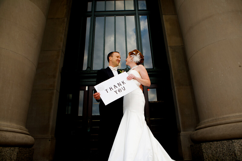 Thank you sign bride and groom