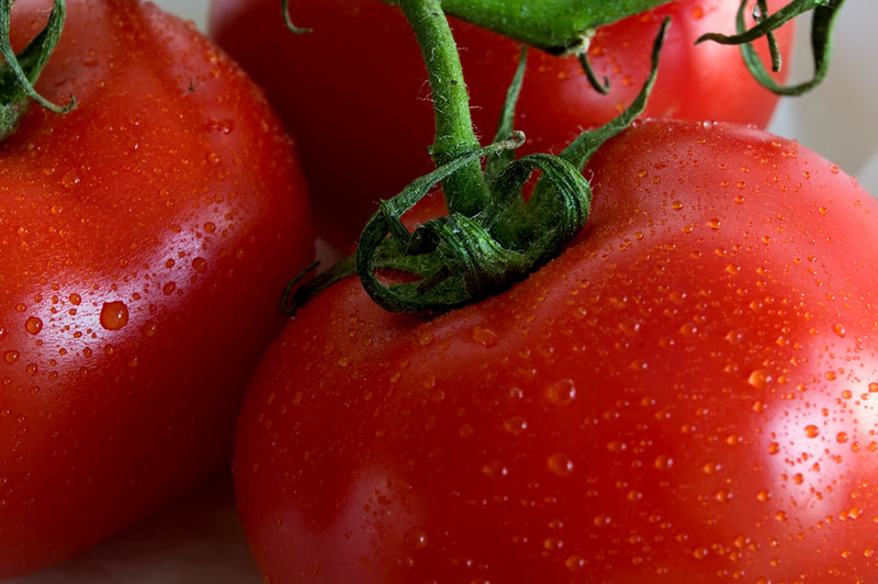 Vine Ripened<br /> 3 ripe tomatoes drenched with water