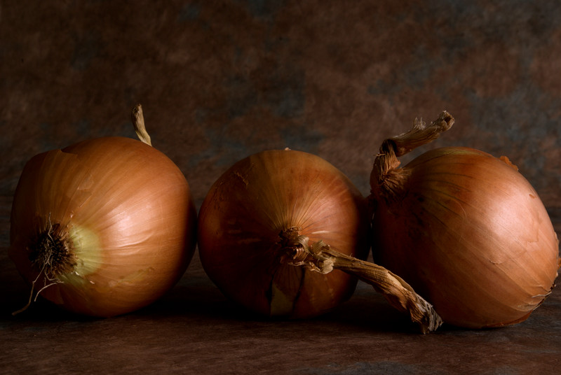 Three Onions in color