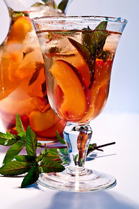 Mint Nectarine Iced Tea 1