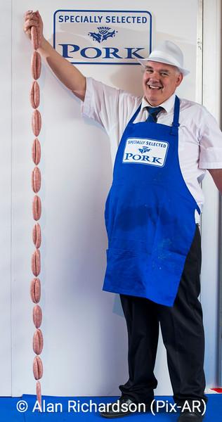 QMS_World_Record_Sausage_AR
