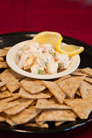 Crab Dip and Crackers