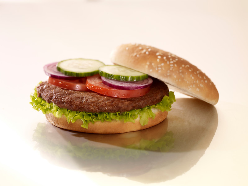 140099 - Foodworks Veiselihapihv ( toores), 97% veiseliha, 100g (5kg kastis) FOODWORKS Hamburger seasoned standard 1563805 100 gr 20% fat, 97% beef