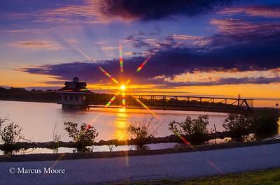 Sunrise at Newark Reservior