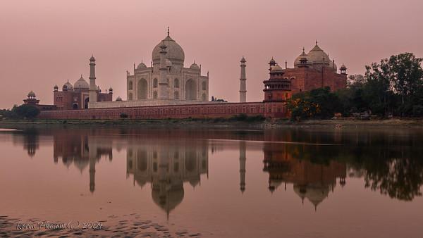 The Taj Mahal @ sunrise