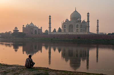 The Taj Mahal @ sunrise