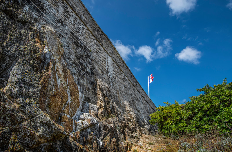 Fort Wall in Rocks