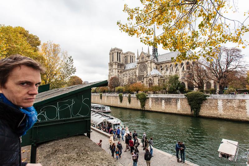 PARIS. CATHEDRALE NOTRE-DAME DE PARIS. BANKS OF THE SEINE.