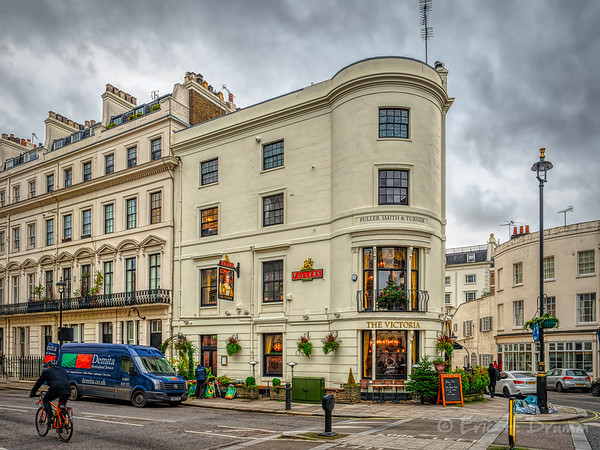 The Victoria Pub and Restaurant in Paddington, London, England