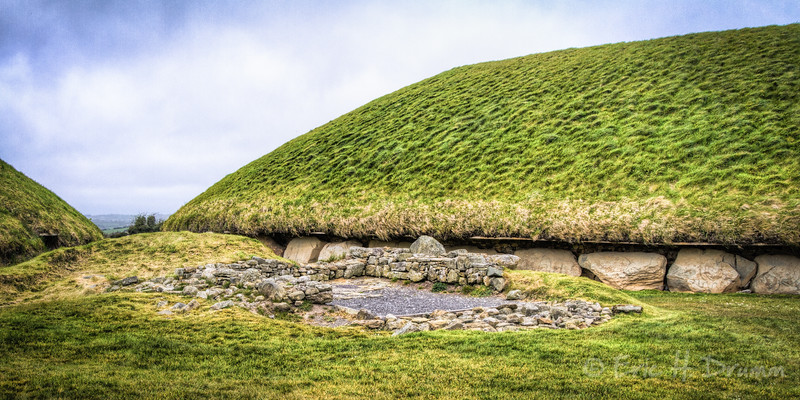 Knowth Neolithic Passage Grave, Brú na Bóinne, County Meath, Ireland