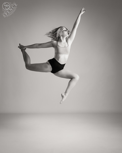 Ciara Thomson - dancer
