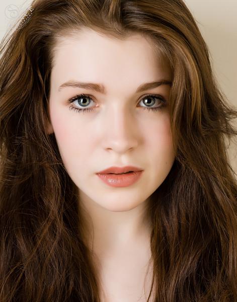 Lauren Therese