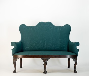 Queen Anne settee