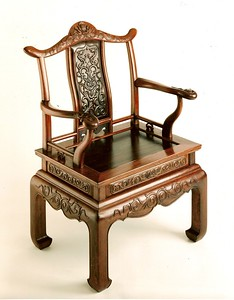 Chinese throne