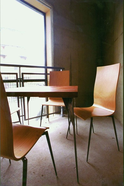 Table + chairs 1995