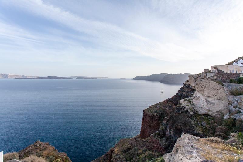 SANTORINI. OIA. IA. VIEW AT THE SEA AND VOLCANO.