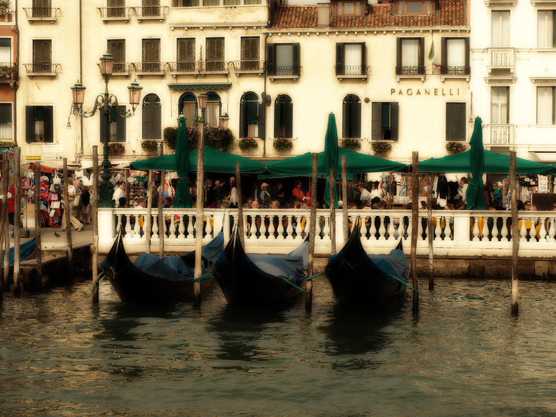 Three Gondolas  Order Code: A13
