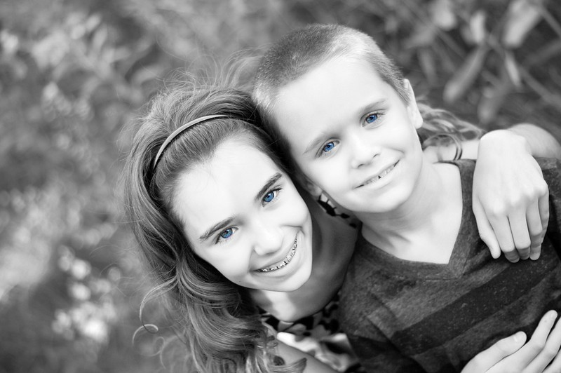 DSC01214 bw with blue eyes