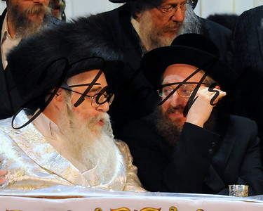 The Karlin-Stolin Rebbe and the Klasuenberger Rebbe of Netanya