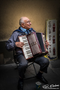 Playing for Tips, Florence
