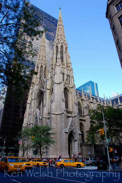 """""""Taxi""""<br /> <br /> St. Patrick's Cathedral<br /> New York City"""