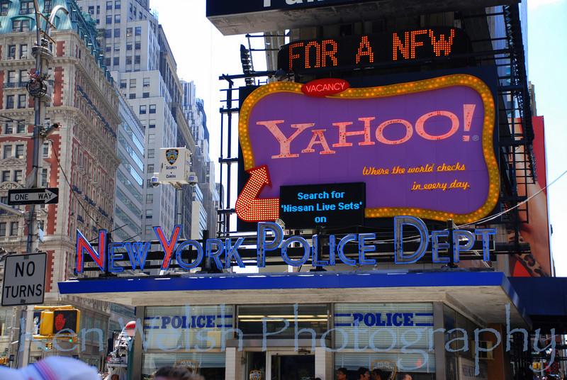 """New York Police Dept""<br /> <br /> Times Square"