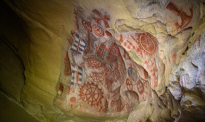 Chumash Painted Cave- Right Side
