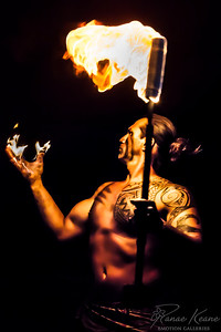 Come On Baby Light My Fire Kamaka Samoan Fire Knife Dancer ©2017 Ranae Keane-Bamsey Photography www.EMotionGalleries.com