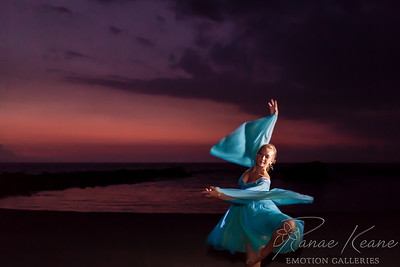 Dancing at Dusk ©2017 Ranae Keane-Bamsey Photography www.EMotionGalleries.com
