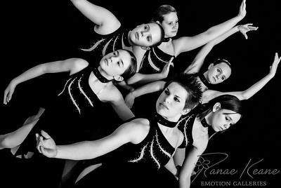 Senior Varsity Contemporary Dance Team ©2017 Ranae Keane-Bamsey Photography www.EMotionGalleries.com