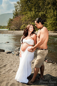 Riverside Parent Maternity Session ©2017 Ranae Keane-Bamsey Photography www.EMotionGalleries.com