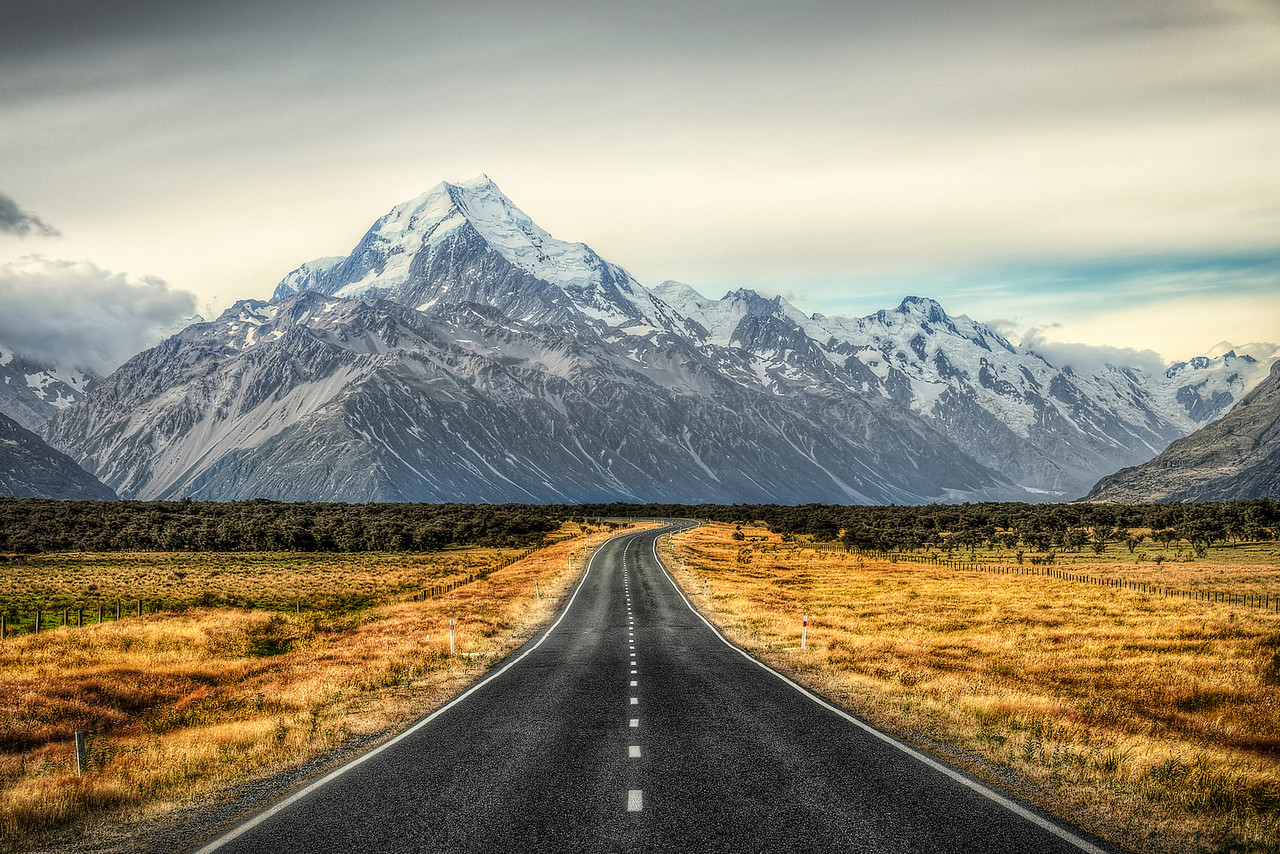 """e m e r g e 