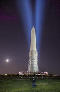 Lights on the Washington Monument