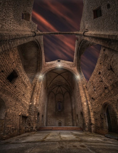 Dans l'église abandonnée. Follow me on my -Facebook page:   Girolamo's HDR photos -Google+ page: Girolamo Cracchiolo -My Blog: Girolamo's HDR Photos - Le blog -My eBook: Travel in HDR