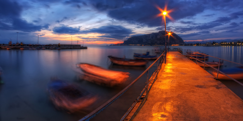 "Un matin à Mondello. Follow me on my -Facebook page:   <a href=""http://www.facebook.com/pages/Girolamos-HDR-Photography/176753345698682"" rel=""nofollow    me"">Girolamo's HDR photos</a> -Google+ page: <a href=""https://plus.google.com/108629717769018996477"" rel=""nofollow    me"">Girolamo Cracchiolo</a> -My Blog: <a href=""http://girolamohdrphotos.wordpress.com/"" rel=""nofollow    me"">Girolamo's HDR Photos - Le blog</a>"