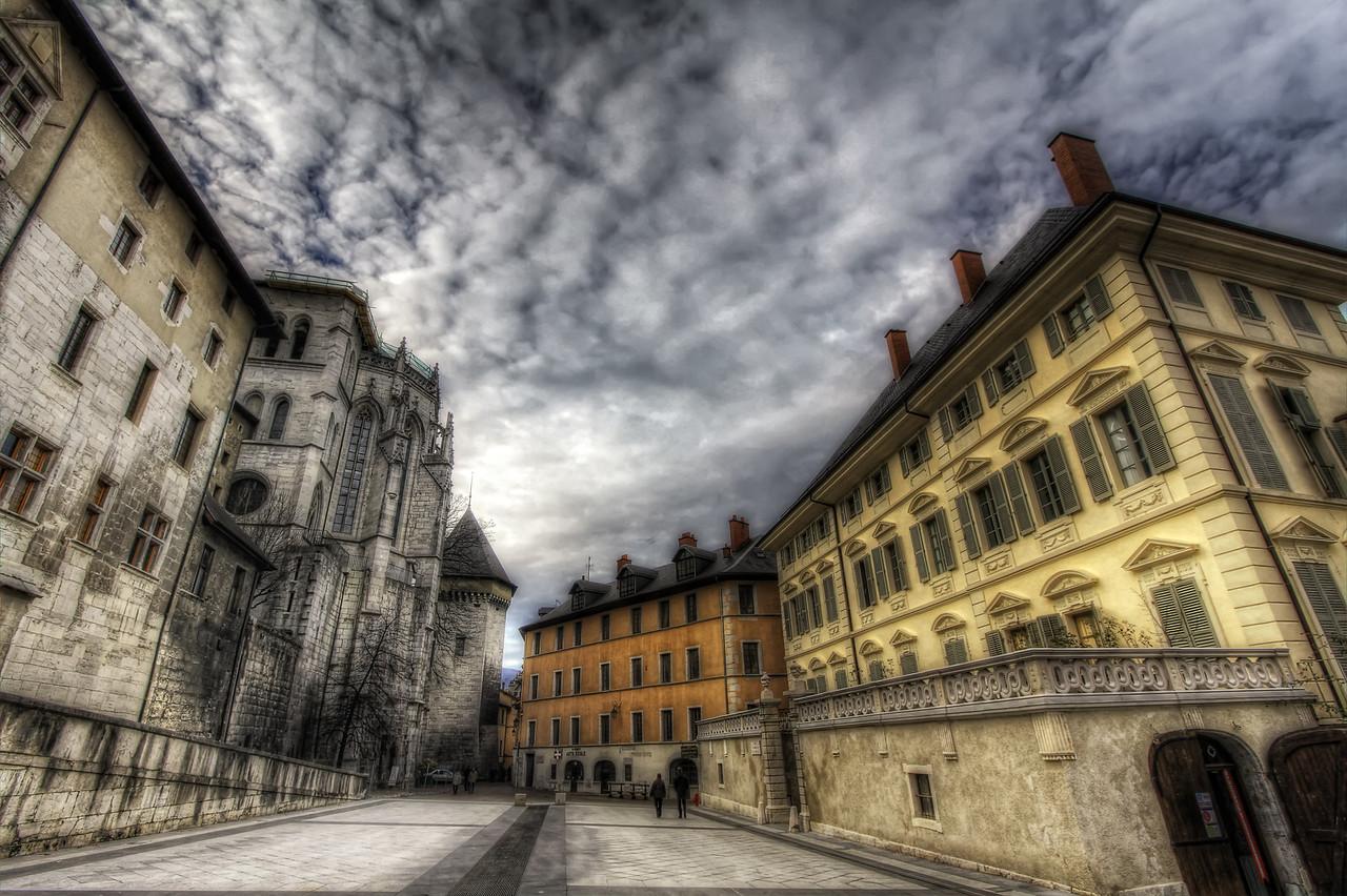 La Place du Château