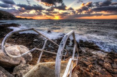 Un escalier vers la mer