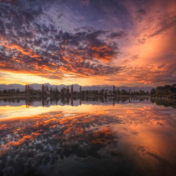 Univers parallèles.Follow me on my-Facebook page:   Girolamo's HDR photos-Google+ page: Girolamo Cracchiolo