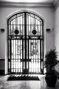 Aparthotel Entryway - Barcelona, Spain