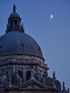 'Basilica di Santa Maria della Salute' - Venice, Italy