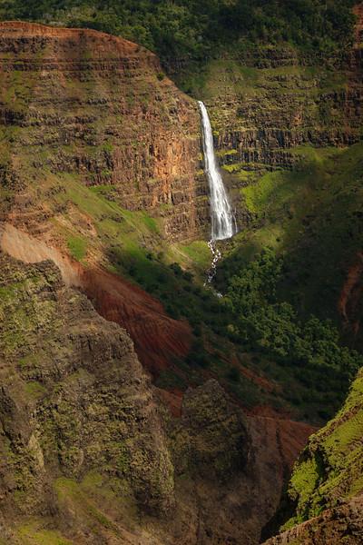 00614 Waipo'o Falls.jpg
