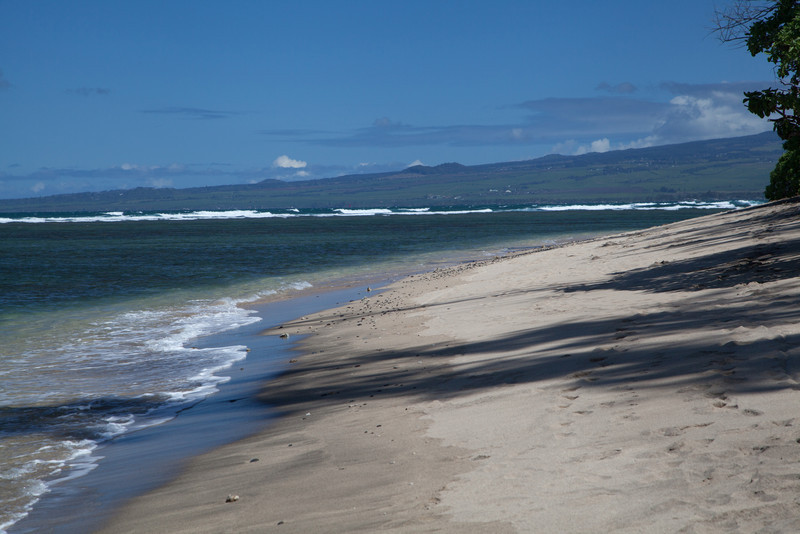 Paia in the distance.