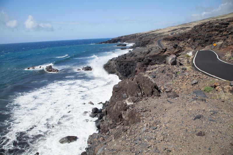 Road along the rugged coast past Hana, Maui