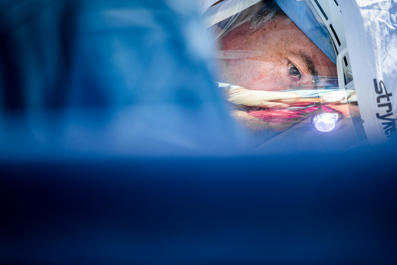 Surgeon Wearing Stryker Orthopaedic Hood During Surgery